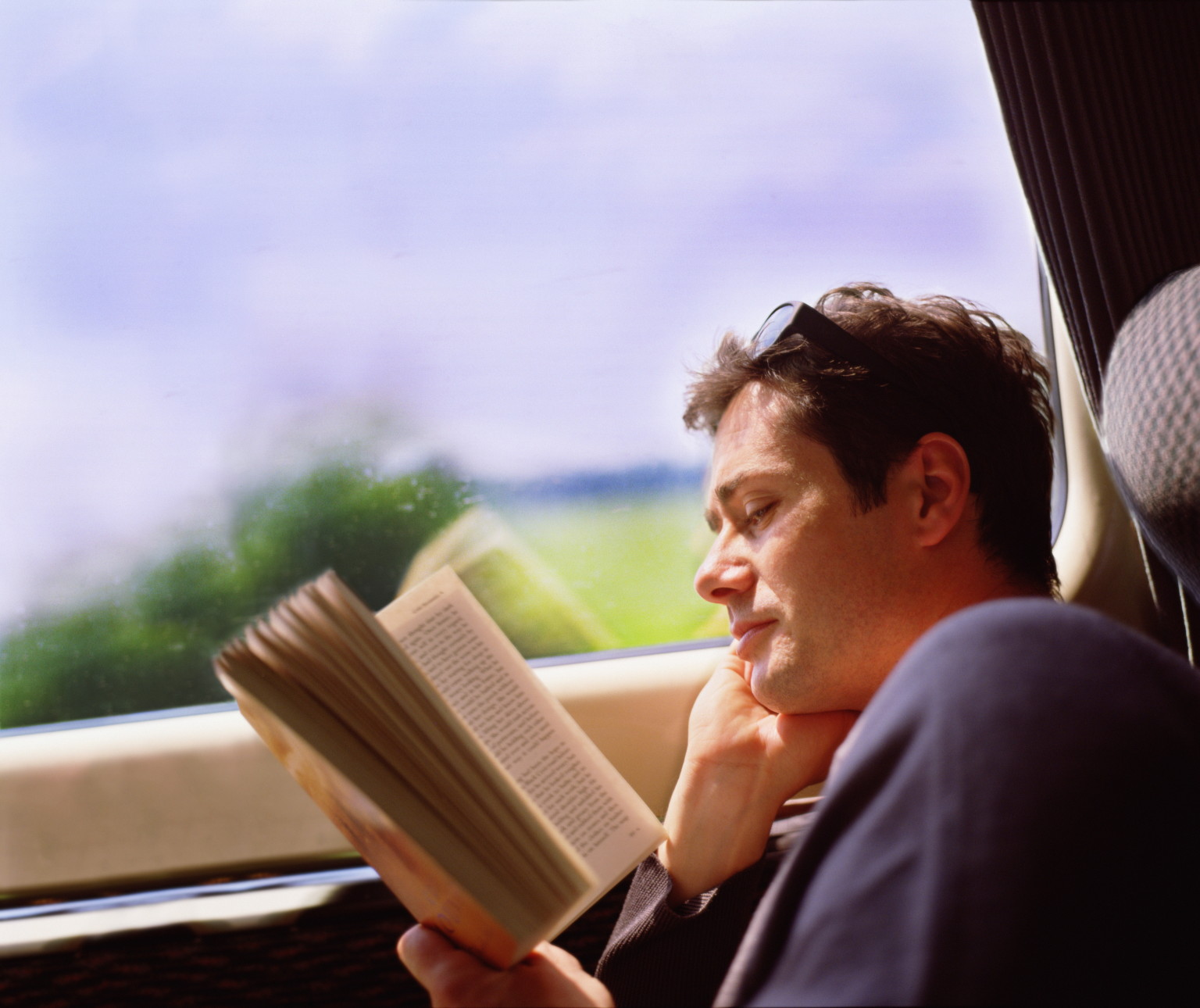 Oreadingabookfacebook
